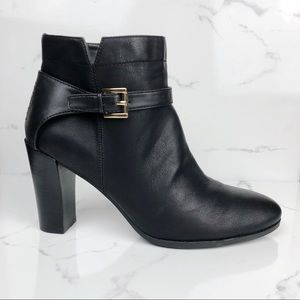 Tommy Hilfiger • Black Leather Ankle Booties